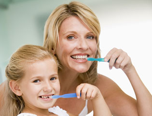 Proper tooth brushing - oral hygiene